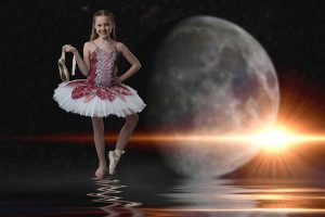 dance portrait - girl in front of the moon